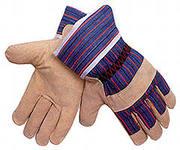 Значение рабочих перчаток при выполнении строительных и ремонтных работ
