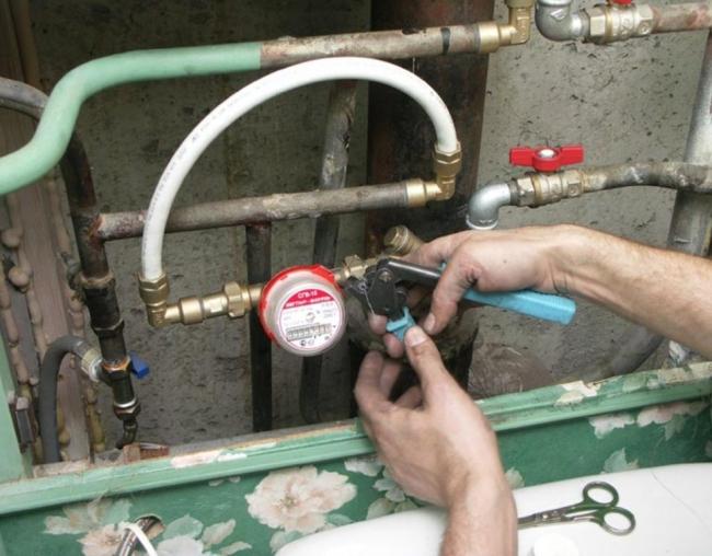 Прокладка параллельного провода для электрических наводок