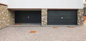 Виды входных дверей для гаража
