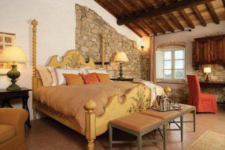 Итальянские спальни в старинных стилях.