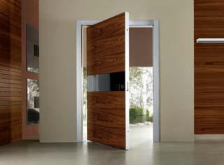 В какую сторону должны открываться двери