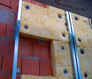 Как пристроить крышу сарая с фасада?