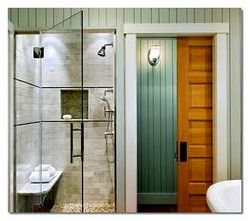Какой должна быть дверь в ванную комнату?