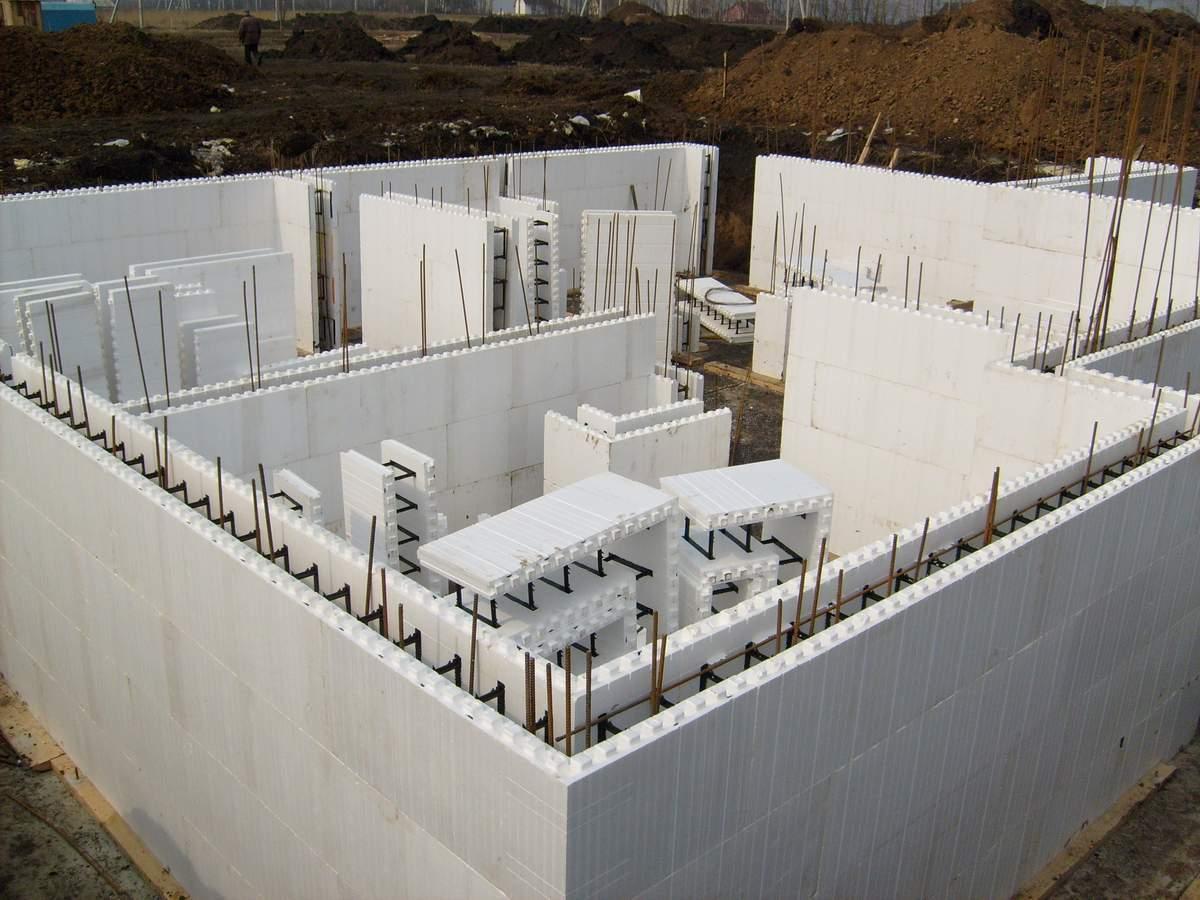 Отличие монолитного строительства от панельного