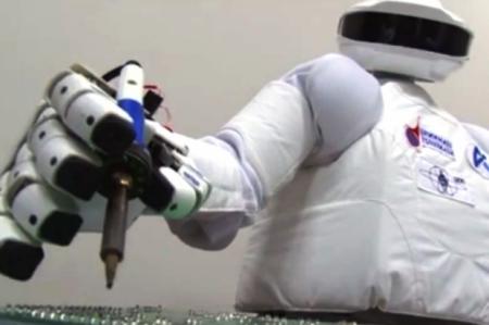Особенности использования промышленных роботов