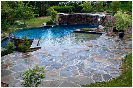 Советы по строительству бассейном на дачных участках