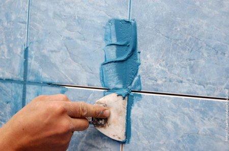 Способы выполнения затирки швов плитки