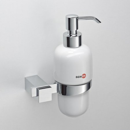 Стильный минимализм: как аксессуары преображают ванну