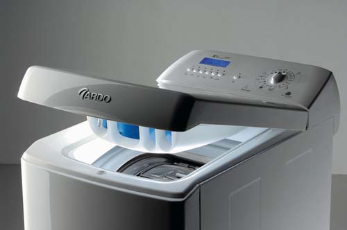 Почему сегодня многие предпочитают покупать стиральные машинки полуавтомат