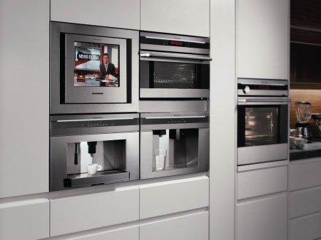 Несколько способов встраивания техники в кухонную мебель