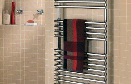 Как выбрать полотенцесушитель – сравниваем водяной и электрический