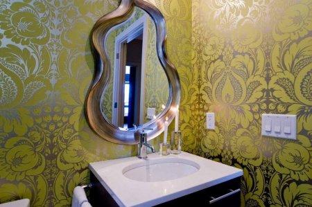 Металлизированные обои в интерьере – красота и долговечность металла для ваших стен